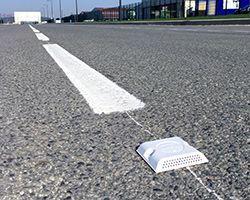 Les plots routiers : réglementation, pose et conseils