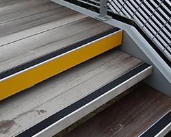 Comment choisir un nez de marche pour escalier ?