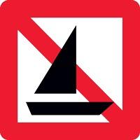 Panneau fluvial interdiction aux bateaux à voiles A15
