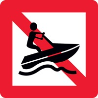 Panneau fluvial interdiction véhicules à moteur A20