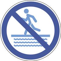 Panneau interdiction de courir près du bassin