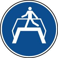 Panneau d'obligation d'utiliser la passerelle