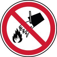 Panneau interdiction éteindre feu avec de l'eau