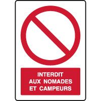 Panneau vertical interdit nomades et campeurs