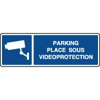 Panneau d'information parking placé sous vidéoprotection
