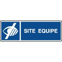 Panneau d'information site équipé déficients visuels