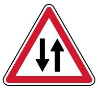 Panneau de danger circulation double sens