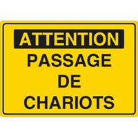 Panneau attention passage de chariots