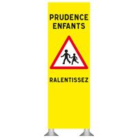 Totem prudence enfants ralentissez