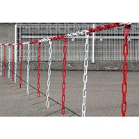Barrière de chaîne Ø 8 mm avec morceaux de chaîne