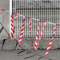 Barrière de chaîne Ø 6 mm avec rubans hachurés