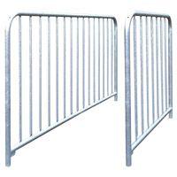 Barrière à barreaux en acier